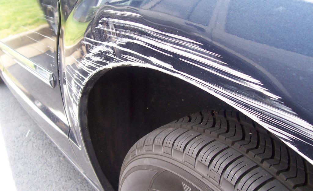 Удаление царапин с кузова автомобиля своими руками